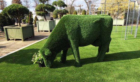 Фигуры из искусственной травы
