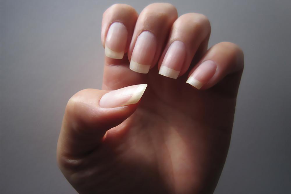 Длинные ногти без маникюра