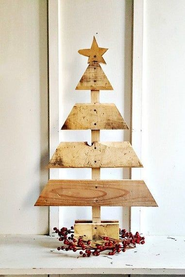Как сделать елку из деревянных досок