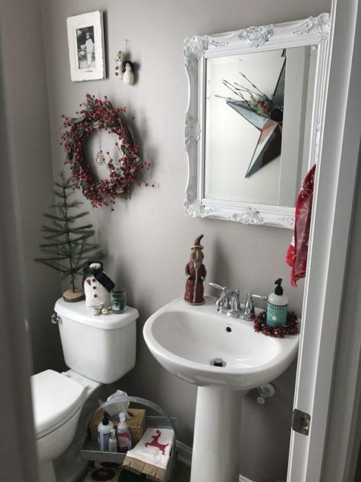 Новогодний интерьер в ванной
