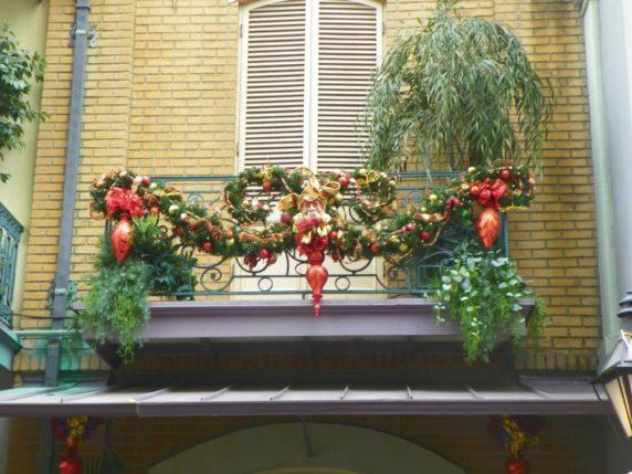 Новогодний интерьер балкона