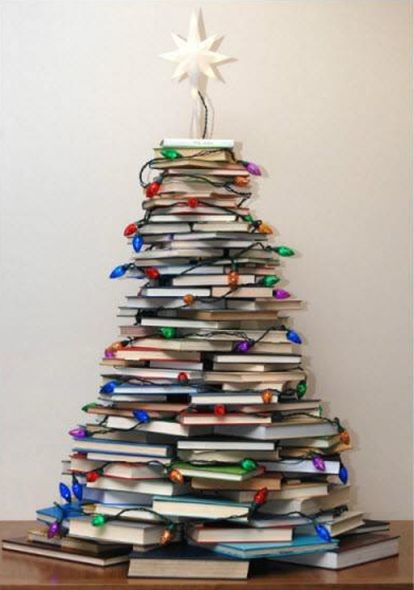 Как сделать елку из книг