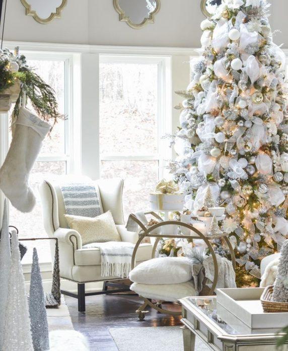Новогодний интерьер гостиной