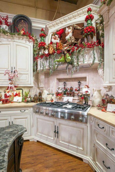 Новогодний интерьер на кухне