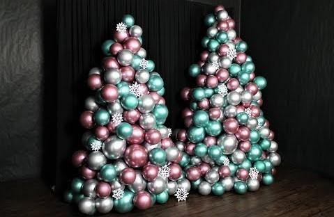 Елка из пластмассовых шаров своими руками