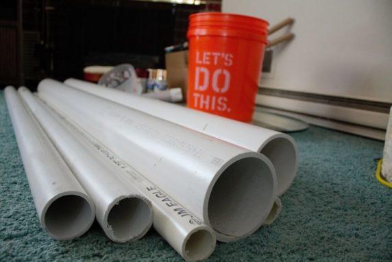 Пластиковые трубы для изготовления елки