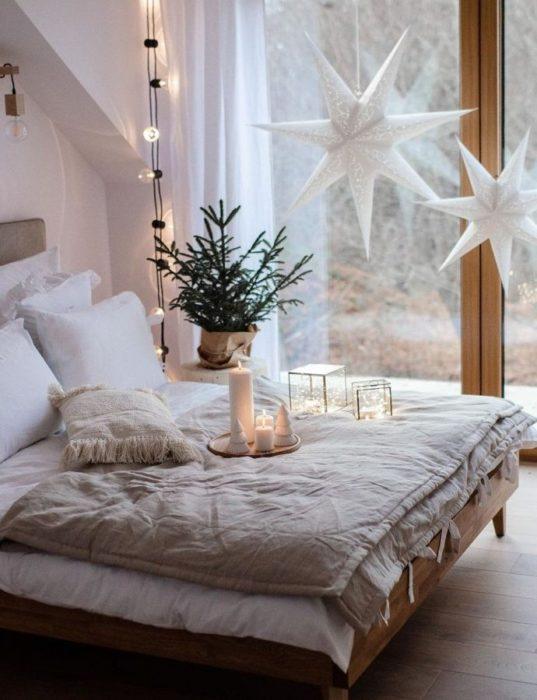Новогодний интерьер в спальне