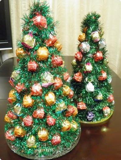 Новогодняя елка из мишуры своими руками
