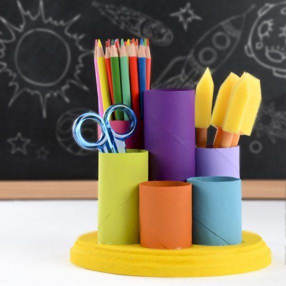 Детская карандашница из втулки