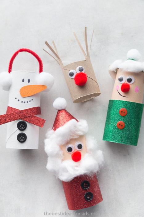 Новогодние игрушки из туалетных втулок