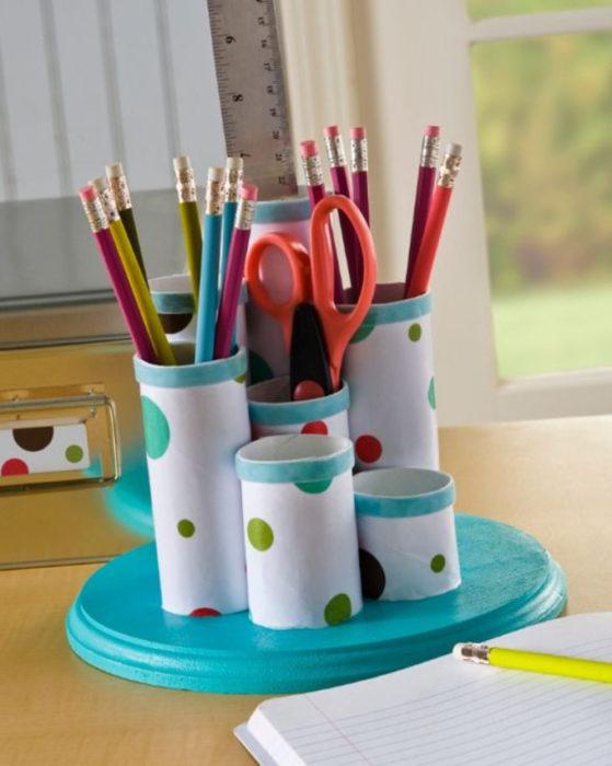 Подставка для карандашей из втулки своими руками
