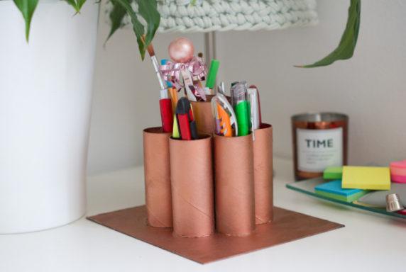 Подставка для карандашей из втулки