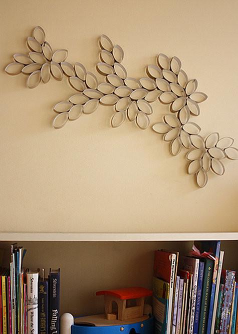 Поделки на стену из втулок от бумаги своими руками