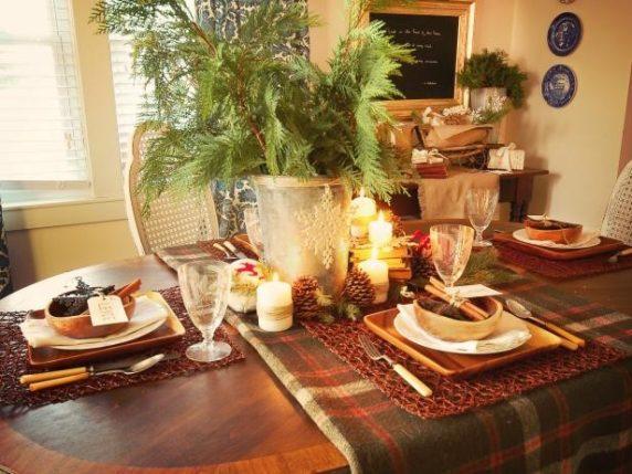 Сервировка стола для домашних