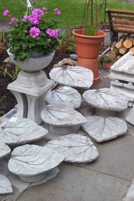 Поделки из цемента и листьев своими руками для садового декора