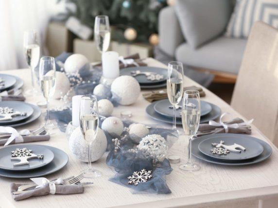 Сервировка стола к рождеству