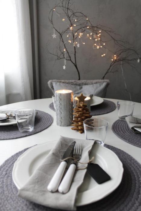 Сервировка стола в сером цвете