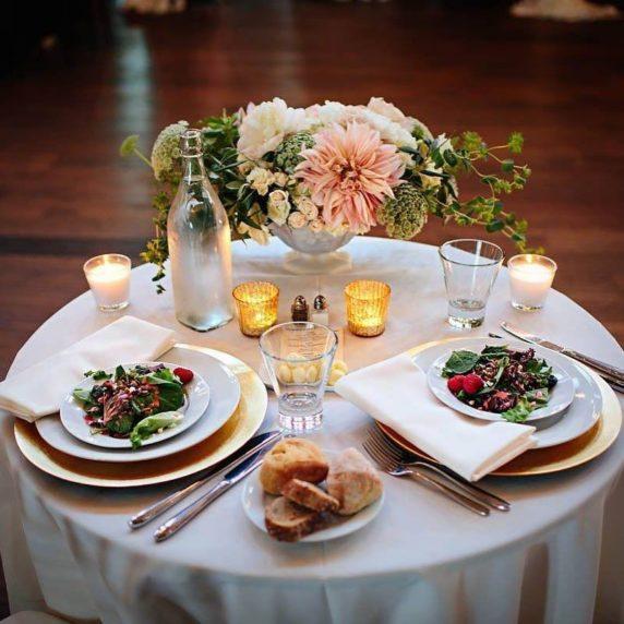 Сервировка стола для свидания