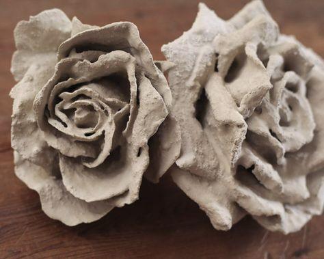 Цветок из цемента