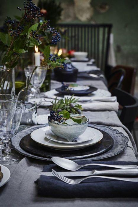 Сервировка стола для званого ужина