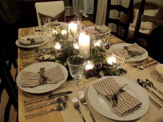 Сервировка стола для семейного ужина