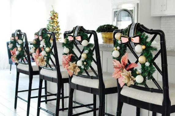 Украшение стульев для сервировки