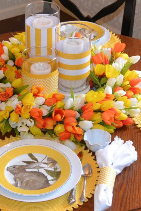 Сервировка стола в оранжевом цвете