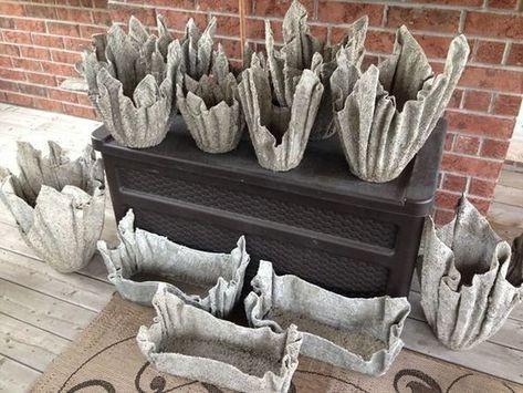 Вазоны из цемента и трикотажа