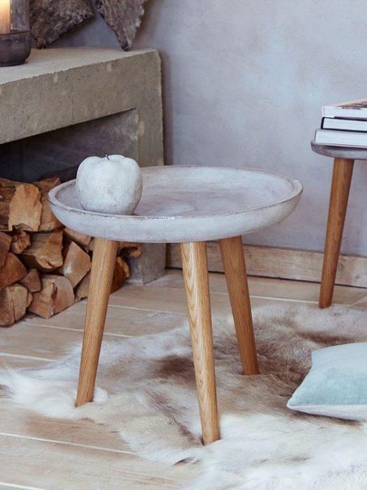 Садовый столик из цемента своими руками