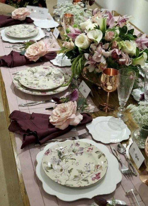 Сервировка стола к юбилею
