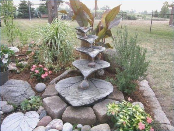 Фонтанчик из бетона для сада в домашних условиях