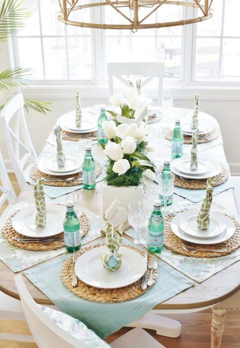 Сервировка стола на годовщину свадьбы