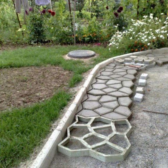 Садовая дорожка из цемента