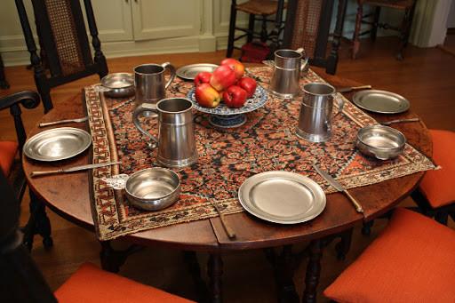 Деревенская сервировка стола