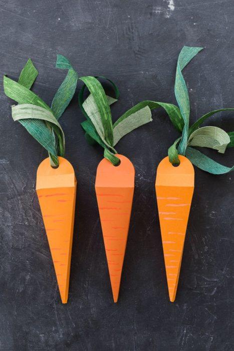 Морковь на пасху из картона