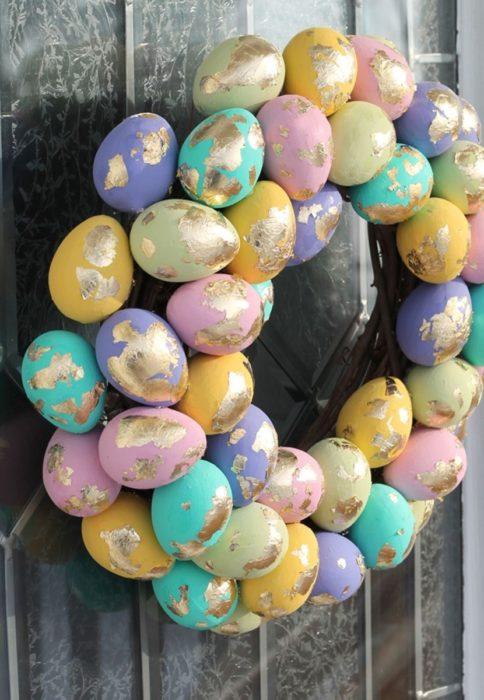 Пасхальный венок из яиц своими руками