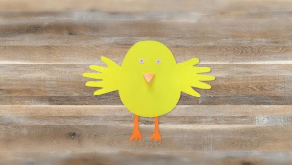 Цыпленок на Пасху из цветной бумаги