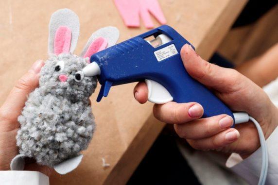 Кролик на пасху из ниток