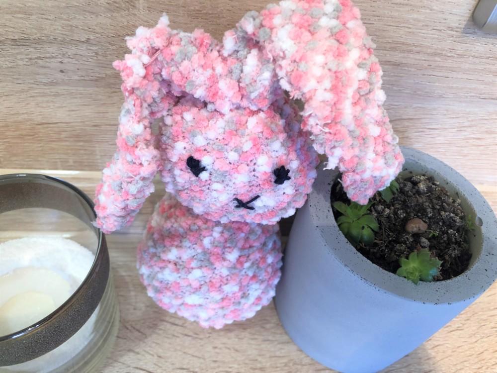 Пасхальный кролик из носка своими руками