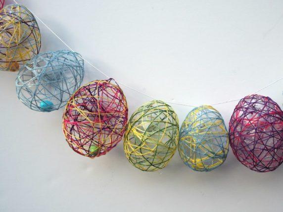 Пасхальное яйцо из пряжи своими руками