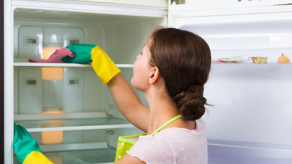 Кардинальное избавление от запаха в холодильнике