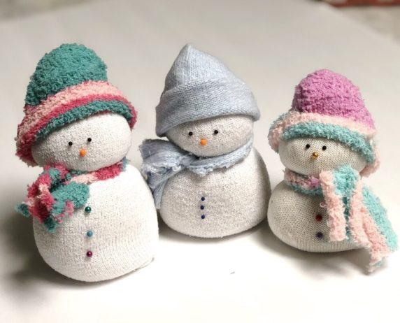 Рождественские игрушки из носков