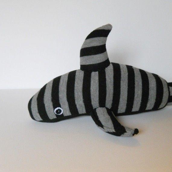 Акула из носка