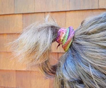 Резинка для волос из носка