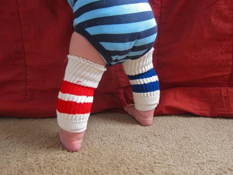 Наколенники для ребенка из носков своими руками