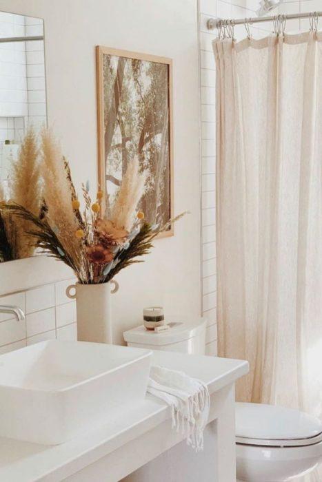 Сухоцветы в ванной