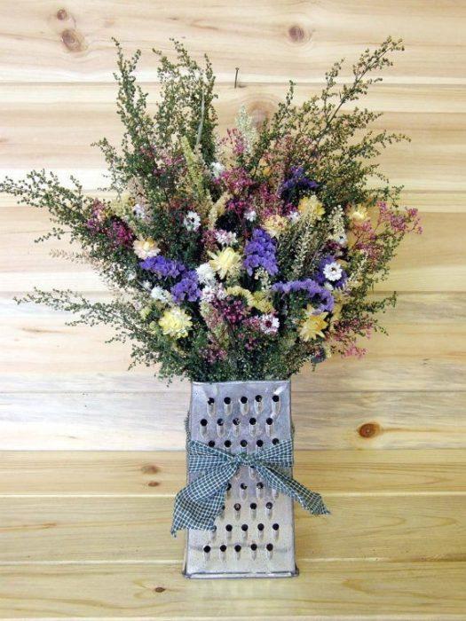 Сухие цветы в терке