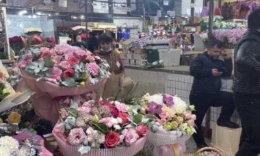 Цена букета на цветочном рынке на Рижской