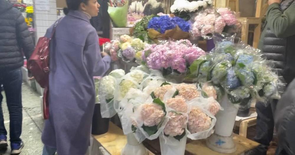 Сколько стоят цветы на Рижском рынке